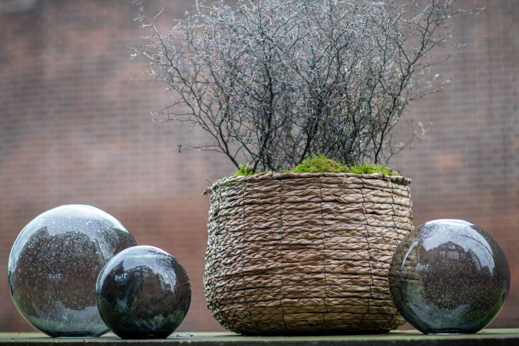 DutZ_gardenballs_grey_