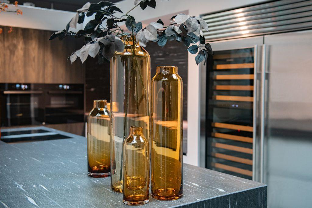 Longo vasen in die Farbe Amber