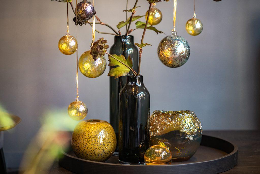 Longo vasen grau_ball vase gold topaz_bumpy Gold und deco kugeln